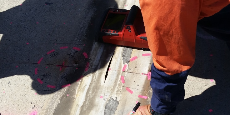 Locating existing reinforcements with Hilti PS 1000 ground penetration radar