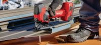 SJT 6-A22 Powerful 22V cordless jig saw with barrel T-grip for use above or below the work surface Applications 1